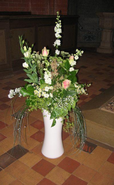 Hochzeitsdeko mit Blumen: Rosen für die Hochzeit in Berlin